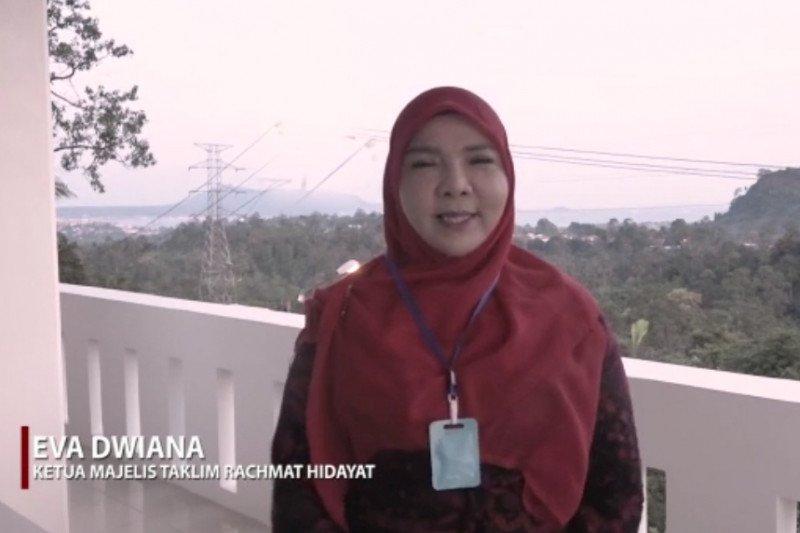 Majelis Rachmat Hidayat berikan bantuan petugas medis asupan gizi