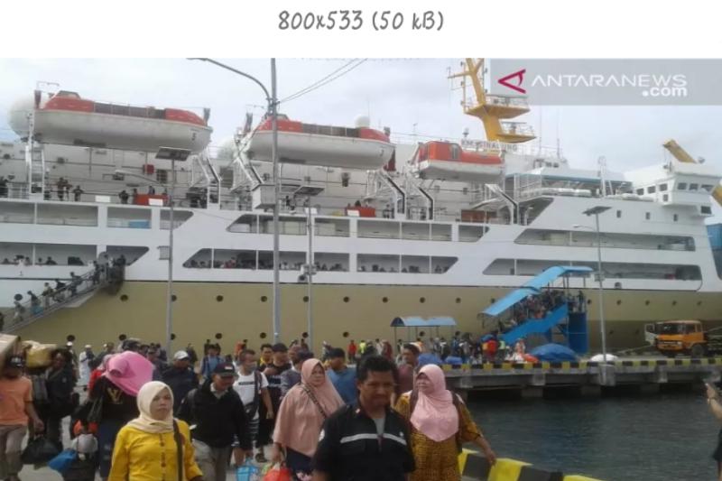 KM Pelni di Kendari tetap beroperasi meski jumlah penumpang turun