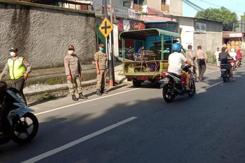 Pemkot Mataram tutup operasional Pasar Panglima waspadai COVID-19