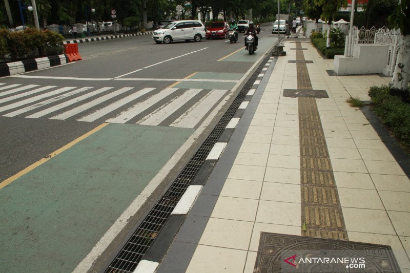 Balikpapan tutup 7 ruas jalan untuk kurangi lalu lintas warga
