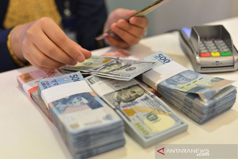 Kurs rupiah menguat di tengah kenaikan kembali imbal hasil obligasi AS