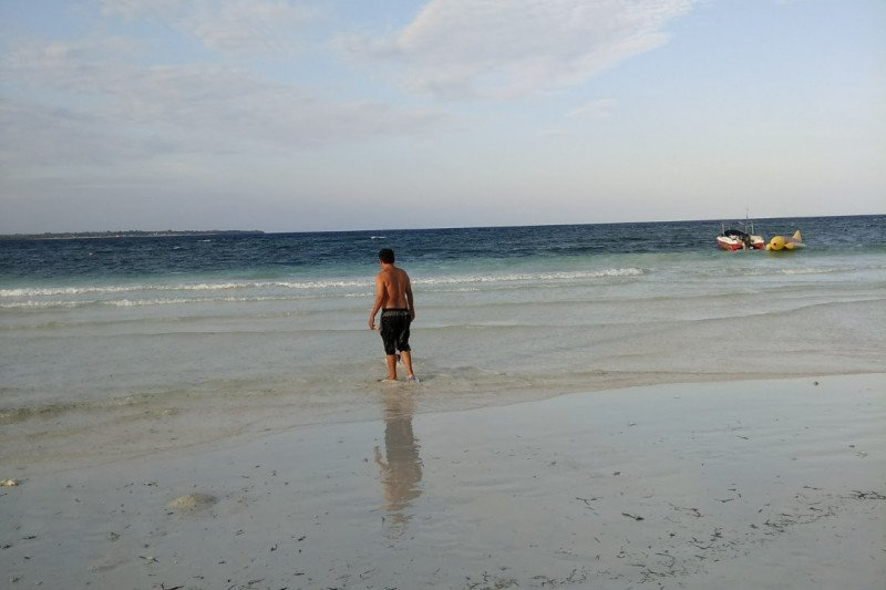 Tingkat kunjungan objek wisata di Makassar  turun akibat COVID-19