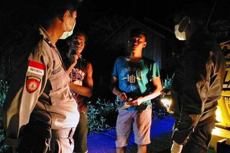 Polisi perbatasan di Papua gelar patroli cegah COVID-19