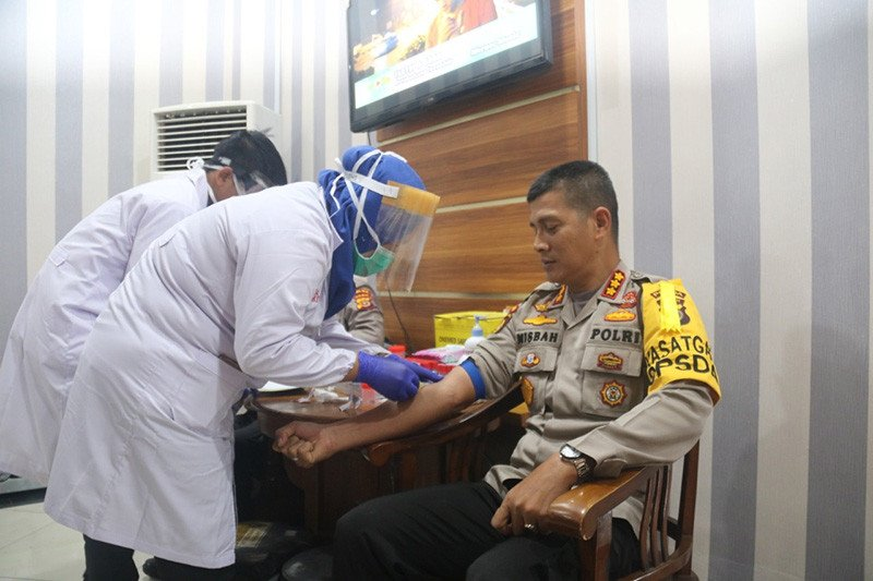 Pejabat utama Polisi Daerah Aceh jalani tes COVID-19