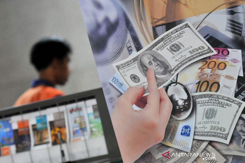 Dolar terangkat data pekerjaan, tetapi merugi dalam tiga minggu berturut-turut