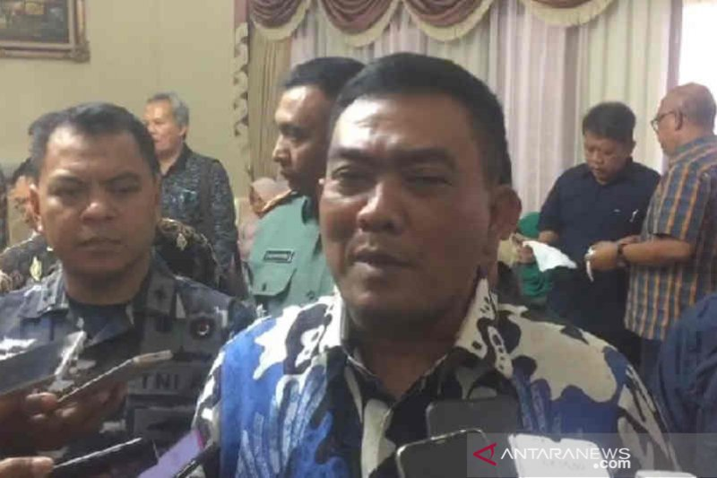 Wali Kota Cirebon imbau warga tidak pulang kampung