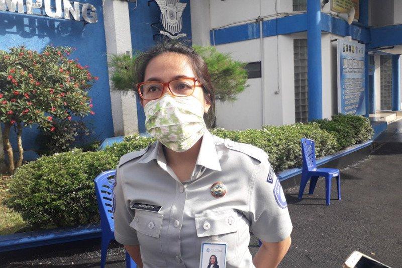 Jasa Raharja Lampung lakukan penyemprotan cegah penularan COVID-19