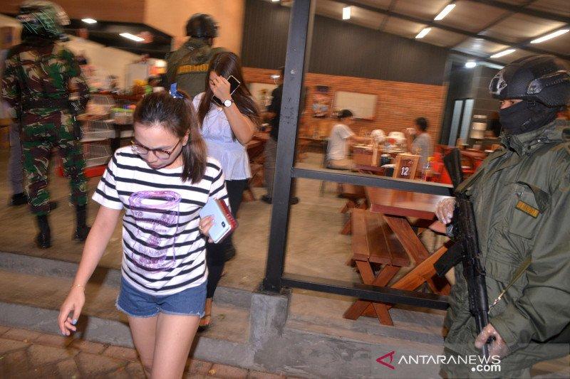 Polda Sulut bubarkan keramaian di kawasan Megamas