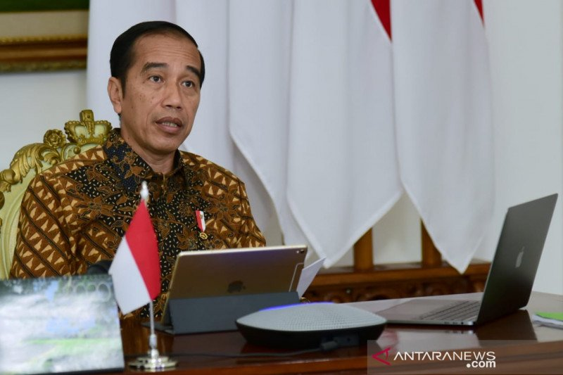 Jokowi  gratiskan listrik selama tiga bulan