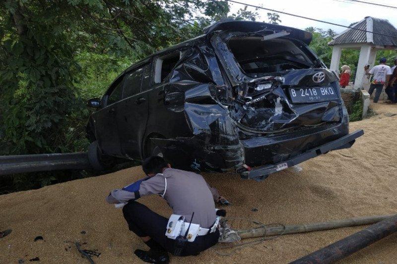 Kecelakaan beruntun di Brebes tewaskan tiga orang