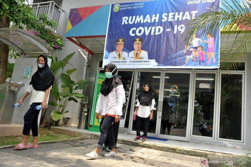 Setelah pulang dari Singapura, 56 orang TKI ini jalani karantina di Wisma Atlet  Jakabaring Palembang