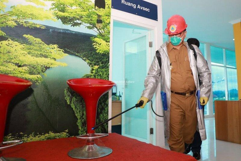 Gubernur Pimpin Penyemprotan Massal Desinfektan di Tanjung Selor