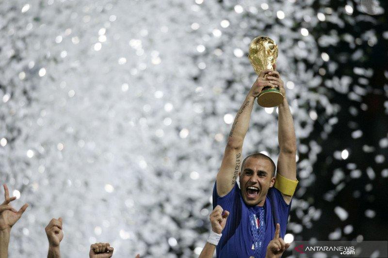 Mantan kapten timnas Italia Cannavaro tulis pesan emosional di tengah pandemi corona