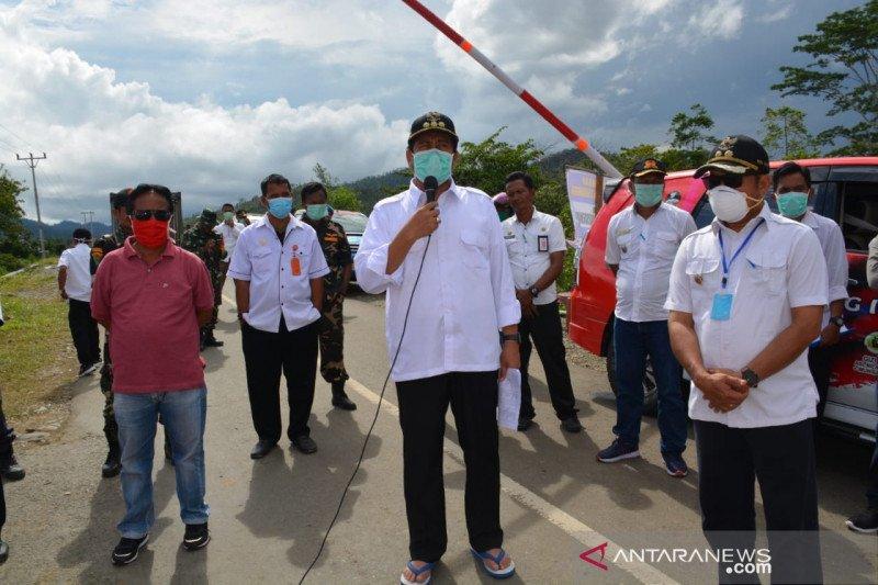 Bupati Banggai  tinjau posko pemeriksaan kesehatan perbatasan