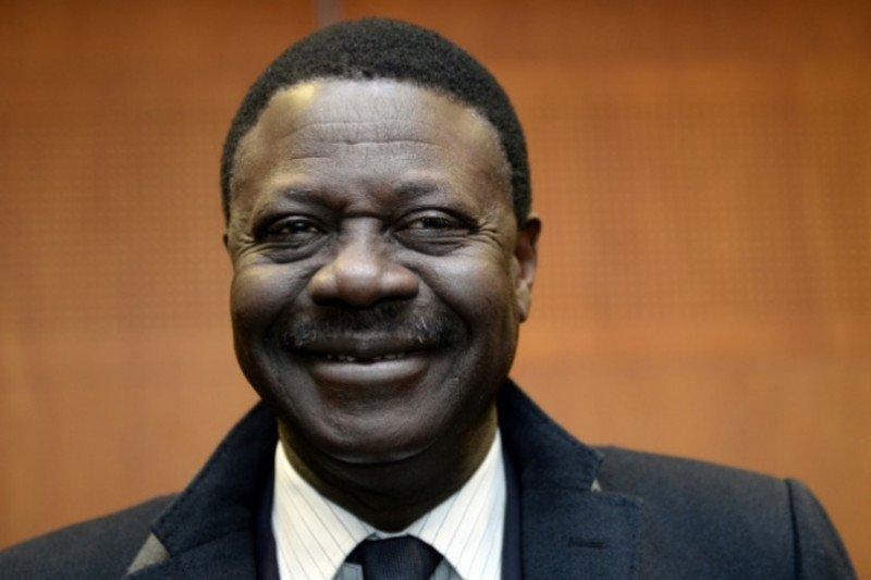 Mantan Presiden Marseille meninggal dunia akibat virus corona