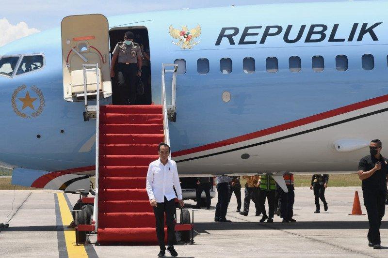 """Presiden jelaskan makna """"lockdown"""" saat meninjau RS darurat Pulau Galang"""