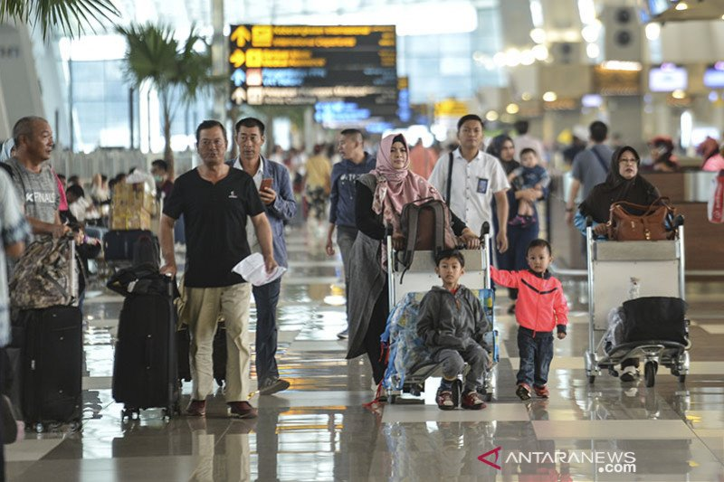 Anggota DPR ingin pemerintah tegas melarang mudik