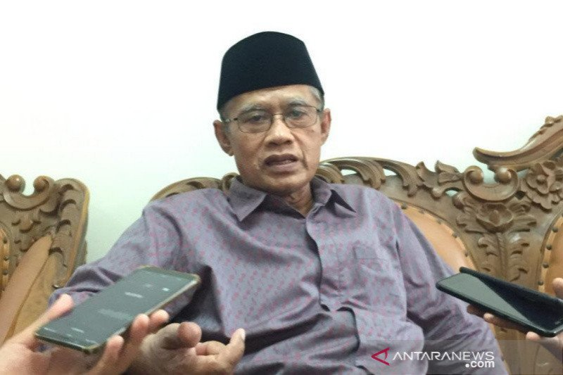 Haedar Nashir minta masyarakat tak menolak pemakaman jenazah pasien COVID-19
