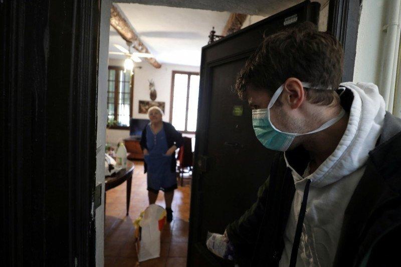 570 penghuni panti jompo di Prancis meninggal sejak wabah virus corona