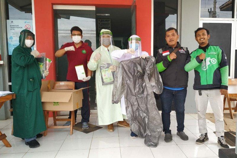 Gojek Soloraya tebar Gerakan Sejuta Masker untuk paramedis