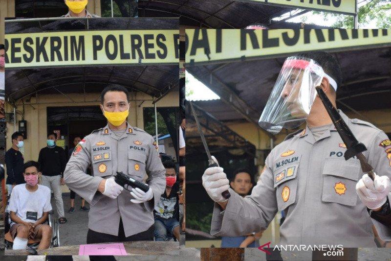 Polisi tangkap empat perampok yang membunuh korbannya