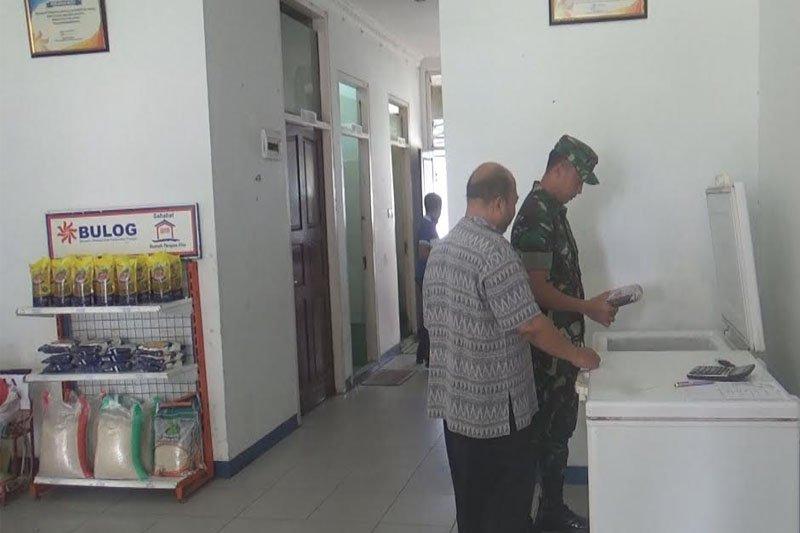 TNI cek ketersediaan pangan di Bulog Kapuas