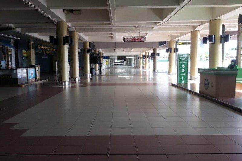 """Jumlah penumpang turun drastis, Bandara Minangkabau terapkan pola """"slow down"""""""