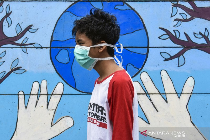 Wearing face masks is compulsory for all Indonesians in public: President Jokowi