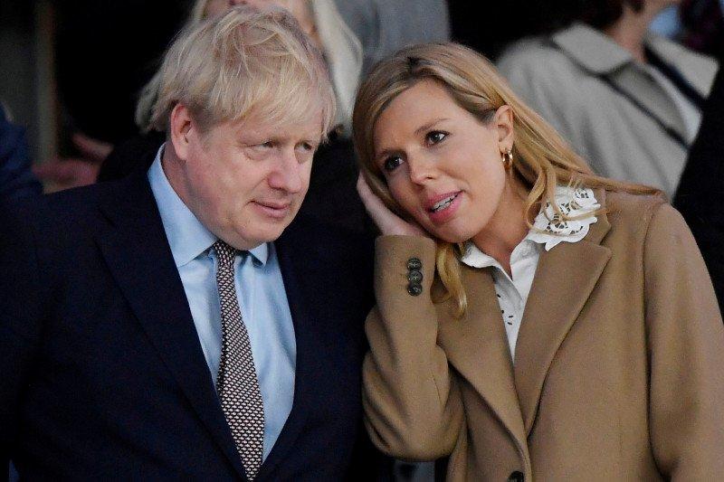 PM Inggris dipindahkan ke ICU setelah gejalanya memburuk