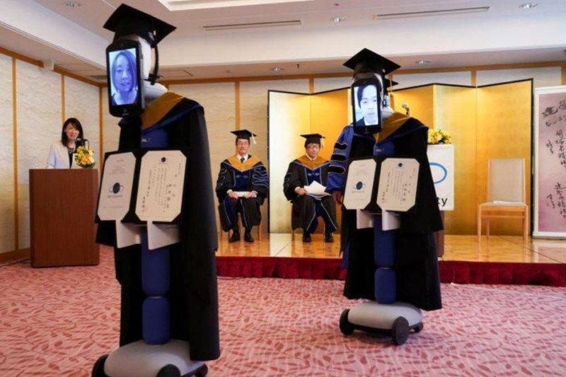 Robot gantikan siswa Jepang saat kelulusan