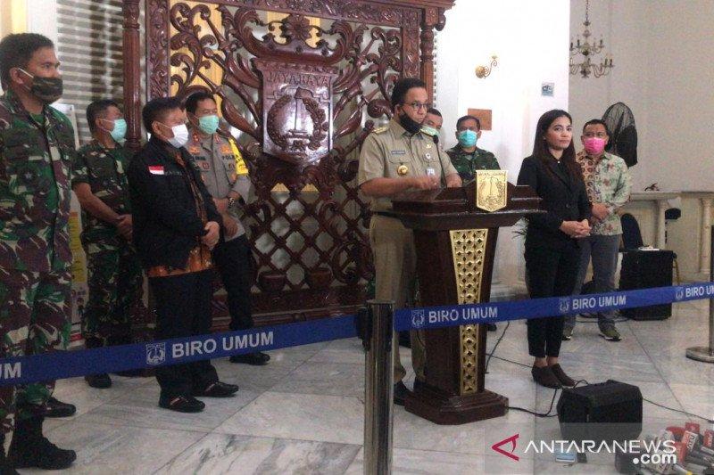 Di Jakarta, selama PSBB warga dilarang berkumpul lebih dari lima orang
