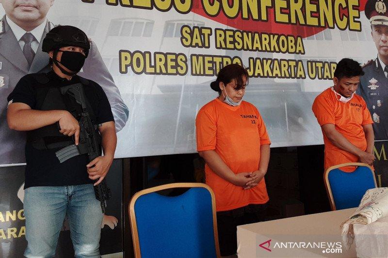 Sempat terjadi pengejaran, perempuan bandar narkotika ditangkap usai ambil sabu-sabu dari lapas