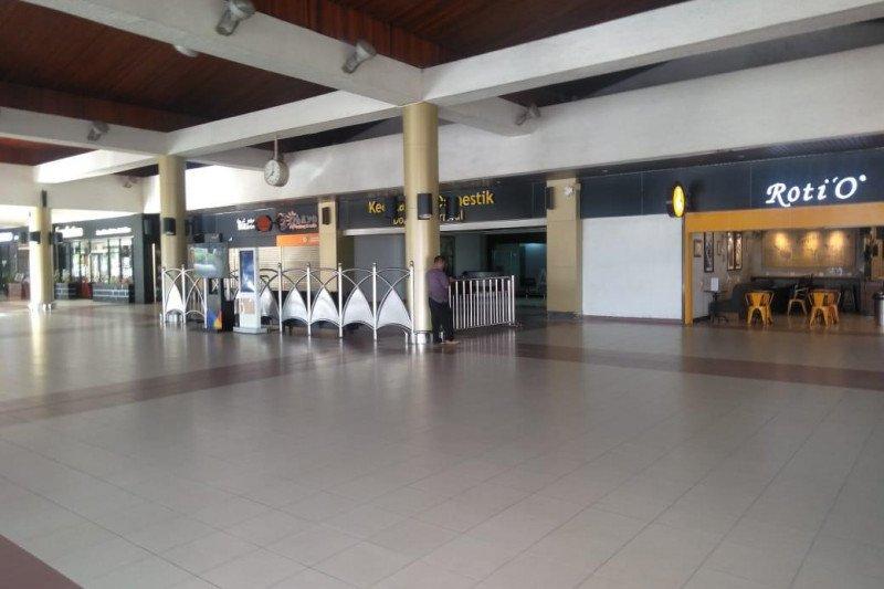 Passenger traffic drops  80 percent at Minangkabau Airport