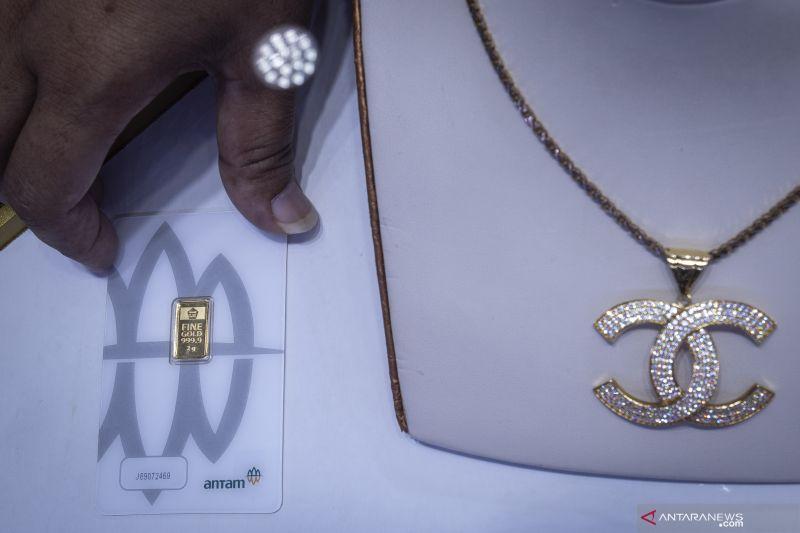 Harga emas Antam naik Rp5.000