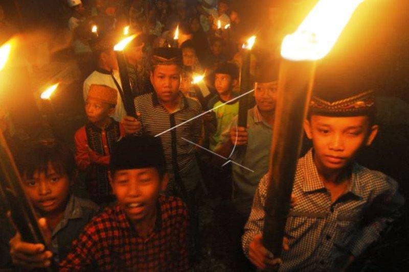 Baca Shalawat Untuk Doakan Indonesia Bebas COVID-19