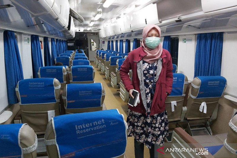 KA Kertajaya masih melayani jurusan Semarang-Jakarta saat PSBB