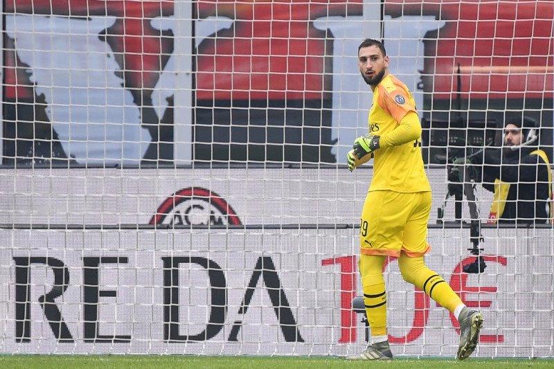 Kiper AC Milan Gianluigi Donnarumma positif COVID-19