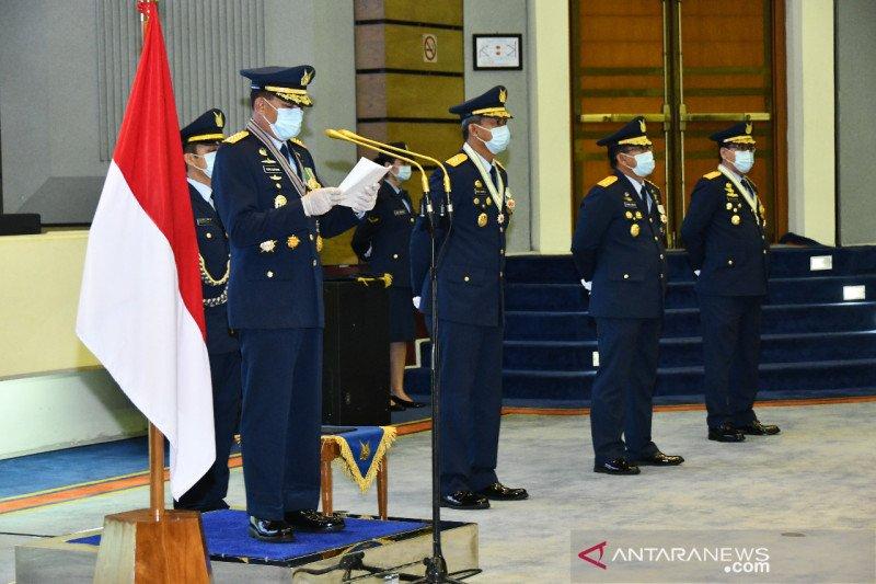 Terapkan protokol kesehatan, KSAU pimpin upacara HUT ke-74 TNI AU