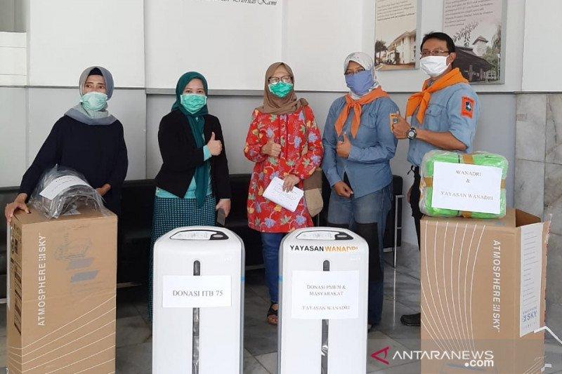 Wanadri donasikan alat medis ke RSHS Bandung