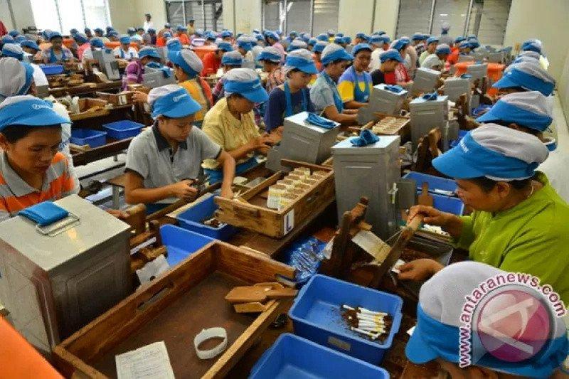 Disnakertrans upayakan ribuan buruh di DIY mendapat kartu pra kerja
