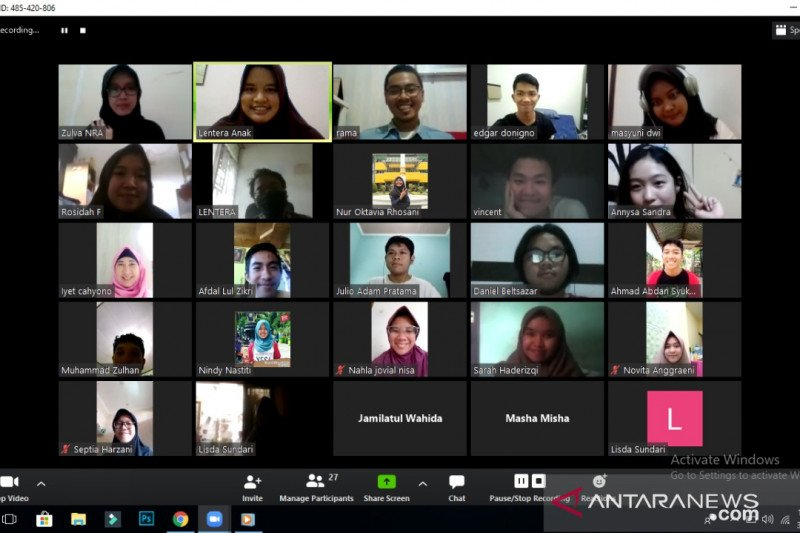 Yayasan Lentera Anak fasilitasi nobar dan diskusi film Negara Perokok Anak