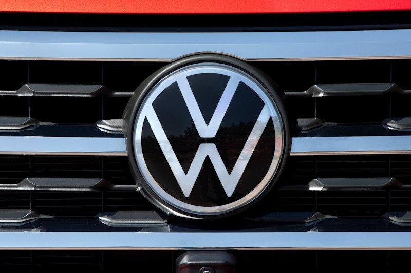 VW ubah logo bagian rebranding, bakal muncul pertama di Atlas Cross Sport