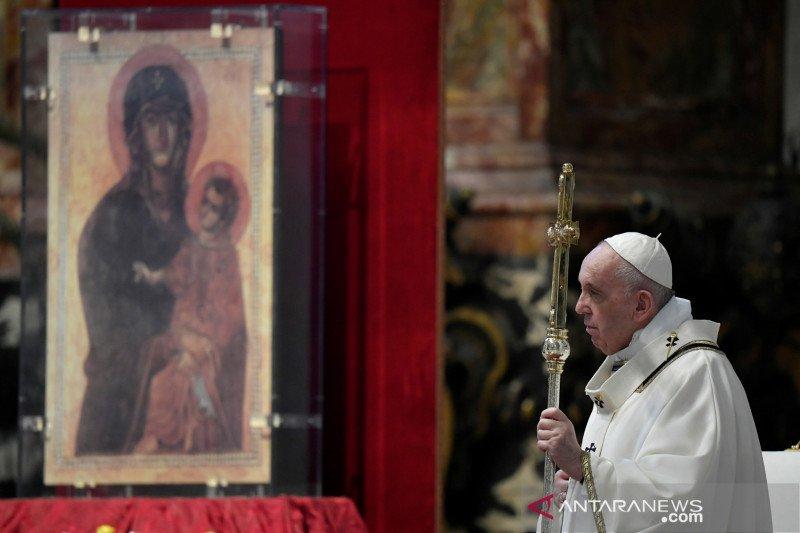 Gereja di Vatikan kembali dibuka untuk misa publik