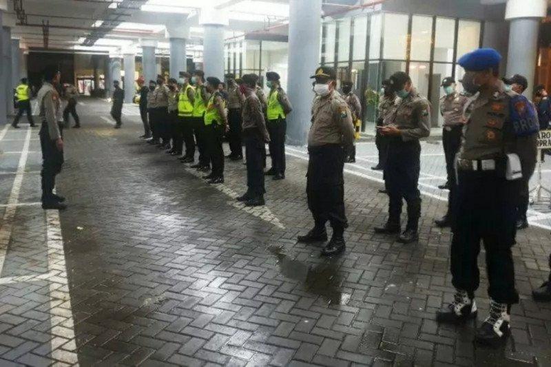 """8.322 orang di Surabaya diamankan saat penerapan """"physical distancing"""""""