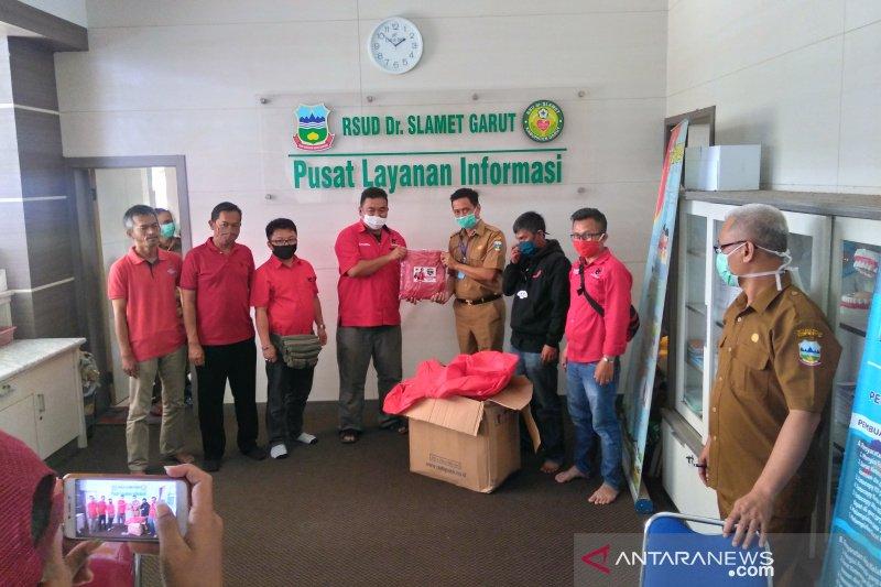 Kader PDI-Perjuangan bantu penuhi kebutuhan APD RSUD Garut