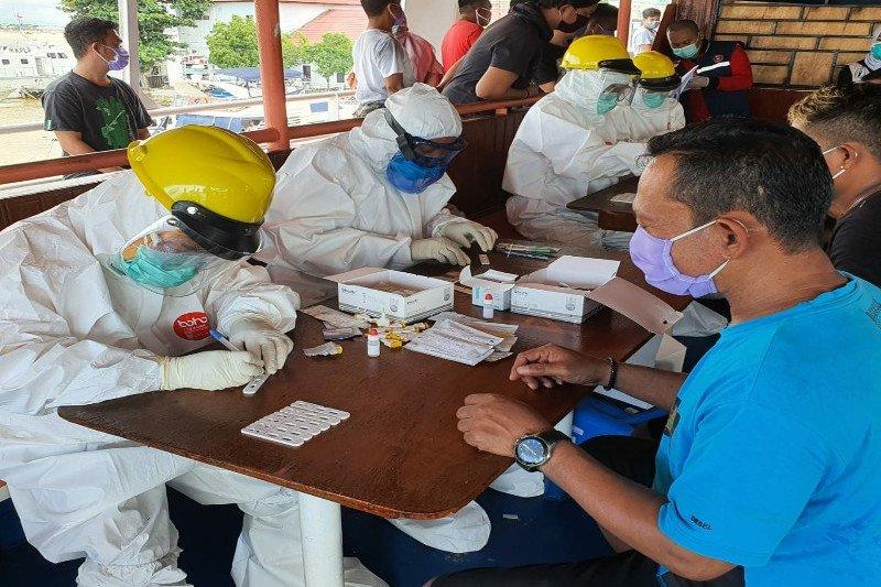 Hasil tes cepat, ratusan warga terdeteksi positif terjangkit Corona
