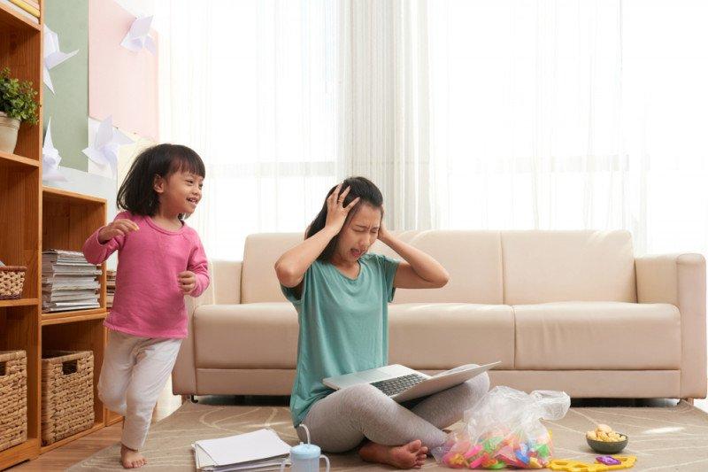 Ini tips lepaskan stres ibu dan anak saat corona