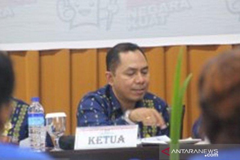 KPU NTT tunggu perppu penundaan pilkada serentak