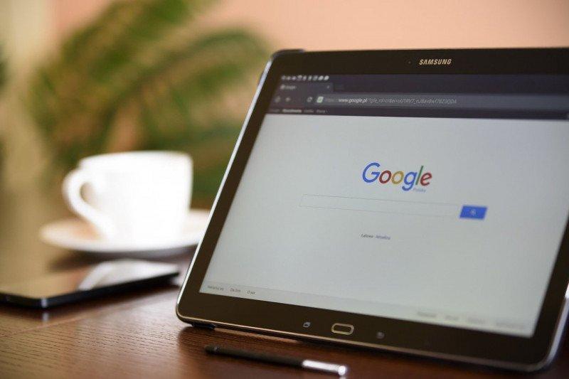 Google akan menghapus biaya iklan untuk media