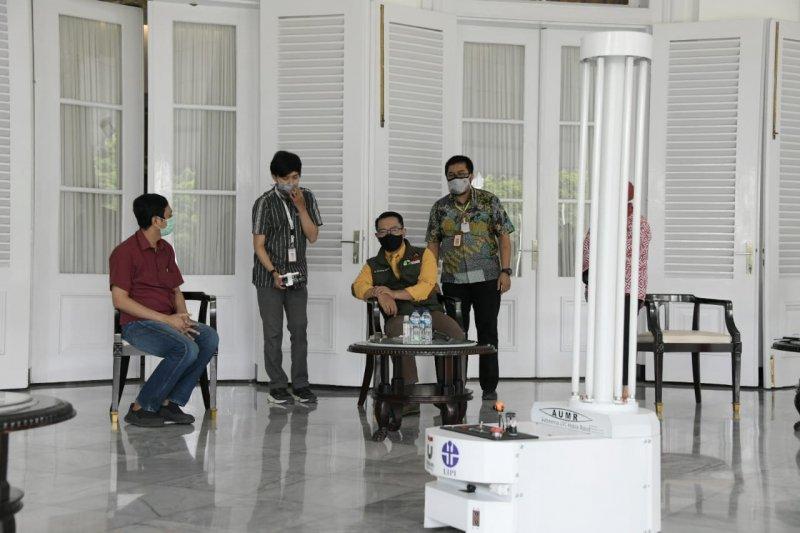 RS rujukan COVID-19 di Jabar gunakan robot untuk lakukan disinfeksi ultraviolet